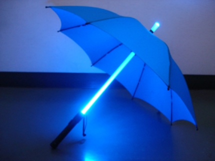glow-umbrella-blade-runner-style-4